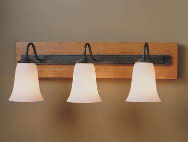 Traditional 3 Light Sconce